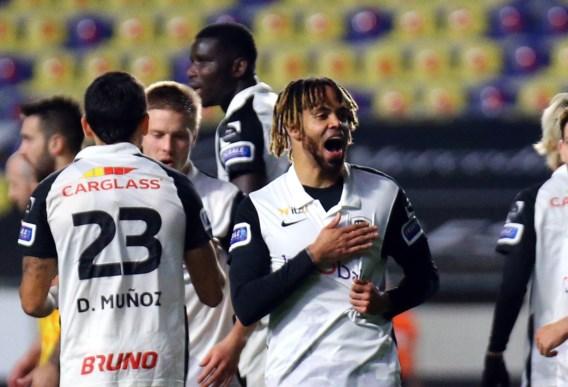 Twee knappe goals van Bongonda bezorgen Genk derbyzege tegen STVV