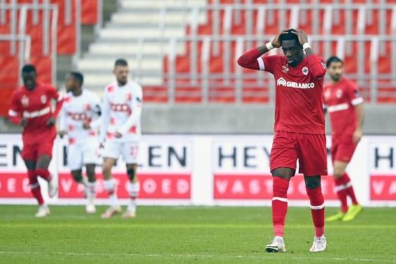 Antwerp verzuimt Standard af te maken en verliest twee punten