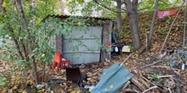 Dakloze sterft aan garagebox in schaduw van luchthaven