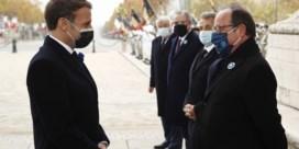 Macron krijgt bemoedigende woorden van oud-president Hollande bij herdenking Wapenstilstand