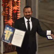 Nobelprijswinnaar op oorlogspad