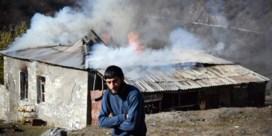 Armeniërs laten Azeri verschroeide aarde na