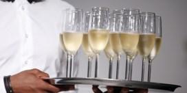 Als niemand feest, kost champagne een prikje