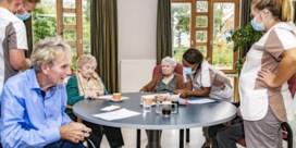 Druk neemt toe op Vlaanderen om zorgpersoneel extra te belonen