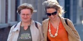 Kathleen Aerts neemt afscheid van haar mama