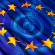 Europese Commissie holt achter big tech aan