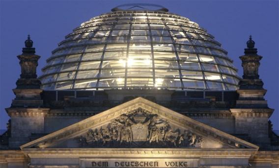 Duitse politici belaagd in parlement door bezoekers