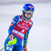 Mikaela Shiffrin past voor parallelle reuzenslalom in Lech