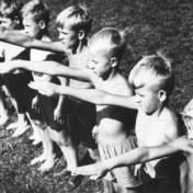 Hoe een onschuldige armbeweging uitgroeide tot het symbool van het kwaad