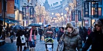 Waarom winkelen straks mag maar een familiefeest niet