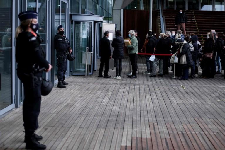 Iraanse oppositie op terrorismeproces in Antwerpen: 'Het volledige regime staat hier vandaag terecht'