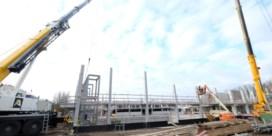 Bouw van duiktoren van nieuw zwembad in Aalst is begonnen
