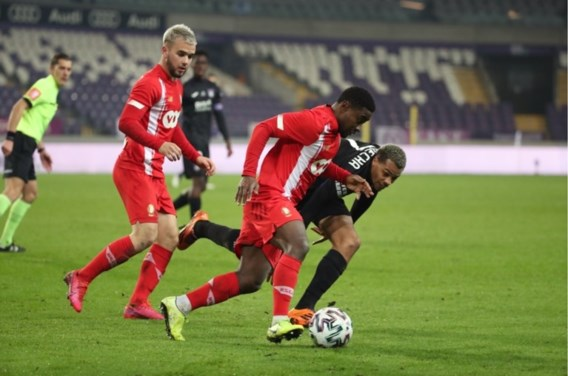 Zeer teleurstellend gelijkspel tussen Anderlecht en Standard