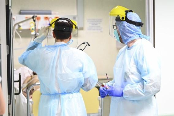 Aantal ziekenhuisopnames zakt onder de 200