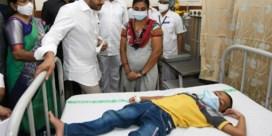 Mysterieuze ziekte veroorzaakt onrust in India: honderden mensen in ziekenhuis