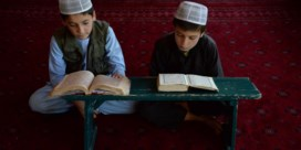 Krijgen Afghaanse kinderen straks les in de moskee?