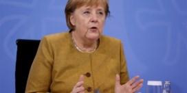 Merkel wil strengere maatregelen voor eindejaarsperiode door recordaantal besmettingen