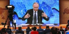 Poetin: 'Navalni niet belangrijk genoeg als doelwit'