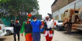 Peruaanse agenten verkleden zich als kerstman om drugdealers te vatten