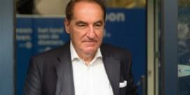 Pinxten vraagt 50.000 euro morele schadevergoeding