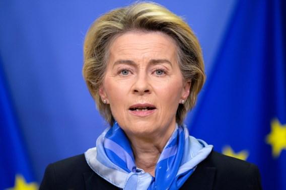Ook Europese Commissie geeft groen licht voor Pfizer-vaccin: 'Start van belangrijk hoofdstuk in onze strijd tegen covid-19'