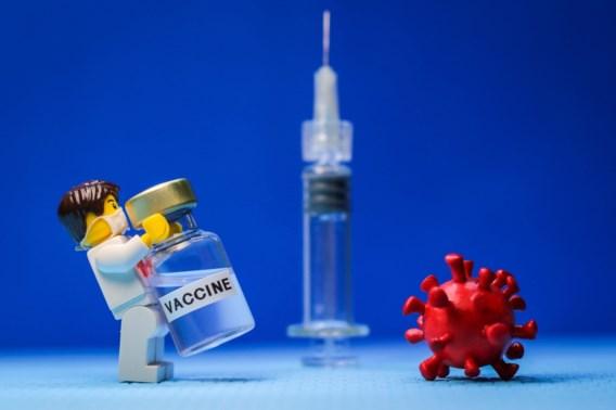Wat belandt er straks in je bovenarm? Uw vragen over de vaccins beantwoord