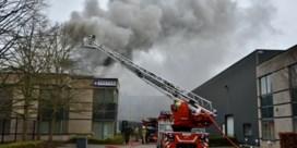 Hevige brand vernielt bedrijf in opbouw in Mechelen