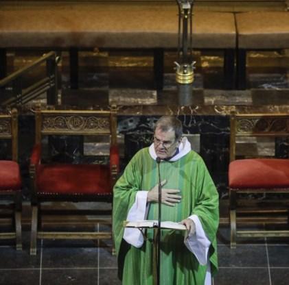 Raad van State wijst verzoek van priesters voor grotere kerstvieringen af