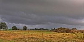 Zwaarbewolkt en regenachtig