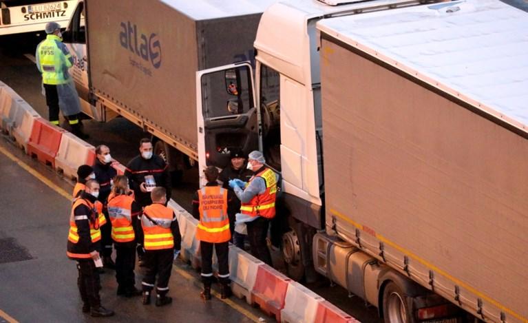 Voorlopig hebben slechts drie wachtende vrachtwagenchauffeurs positief getest: 'Geen risicocategorie'