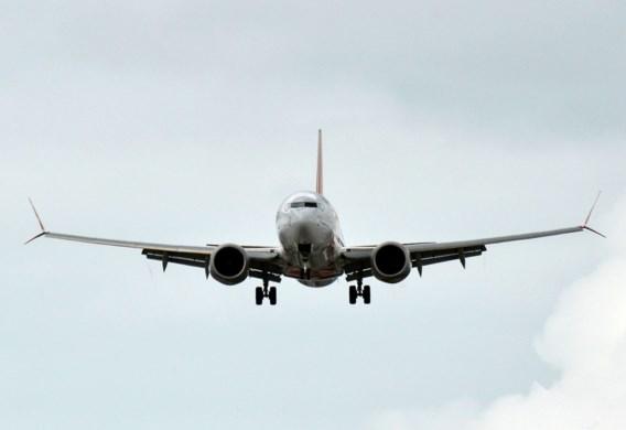 Boeing 737 Max van Air Canada omgeleid door motorproblemen