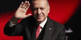 Turkse regering muilkorft middenveld