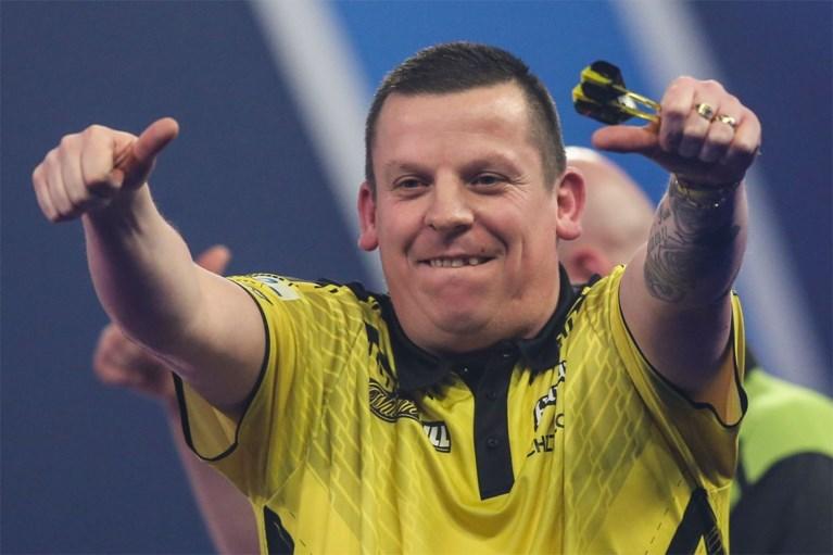 Na Van den Bergh ook topfavoriet WK darts onderuit tegen Chisnall