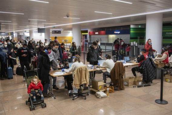 Controles leiden tot lange wachtrijen in aankomsthal op Brussels Airport