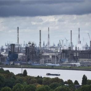De uitstoot daalt, de CO2-prijs piekt