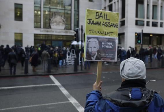 Julian Assange, de gevallen held