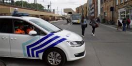 Besmette man die spuwde naar politie in Aalst aangehouden: 24 agenten onbeschikbaar