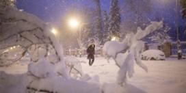 Zwaarste sneeuwval in veertig jaar treft regio rond Madrid