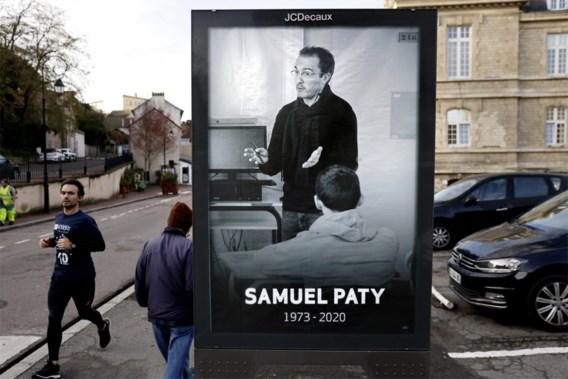 Zeven jongeren opgepakt in onderzoek naar moord op Samuel Paty