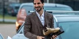 Lior Refaelov arriveert met kamerbrede glimlach én Gouden Schoen op de Bosuil voor training