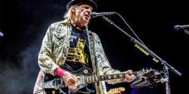 Neil Young verkoopt muziekrechten voor 120 miljoen euro