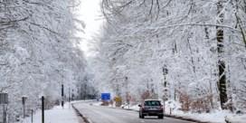 Sneeuwbuien trekken over het land: gladde wegen