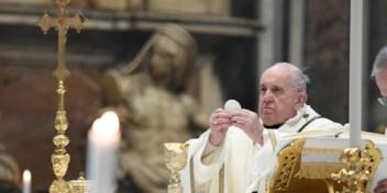 Franciscus geeft het voorbeeld