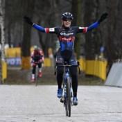 Zilvermeercross Mol: Lucinda Brand zegeviert bij vrouwen