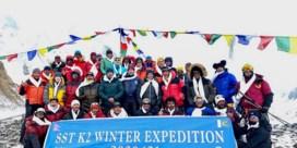 Nepalese klimmers bedwingen voor het eerst de K2 in de winter