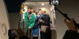 Navalni landt op Russische bodem en wordt meteen opgepakt