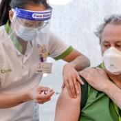 Coronablog | Eerste ziekenhuispersoneel gevaccineerd met Moderna-vaccin