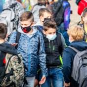 Advies experten: 'Laat kinderen vanaf tien jaar mondmasker dragen op publieke plaatsen'
