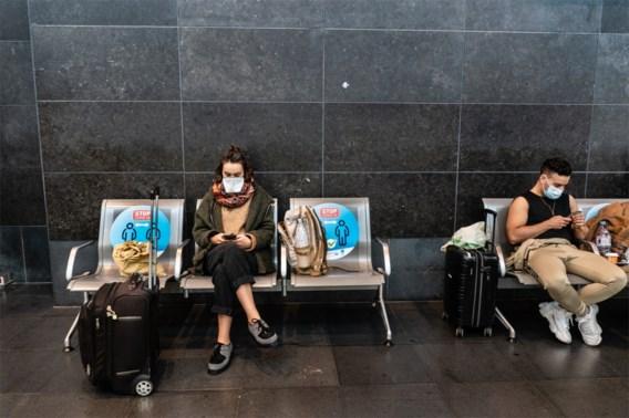 Europese Commissie raadt niet-essentiële reizen af