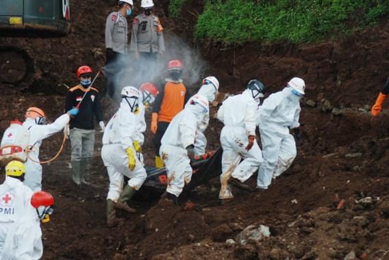Dodentol na aardverschuivingen in Indonesië loopt op